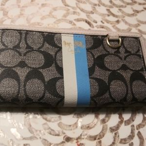 Womens Coach Wallet